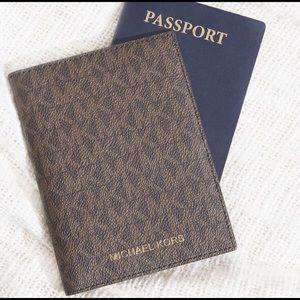 Michael Kors Bedford Travel Passport Wallet